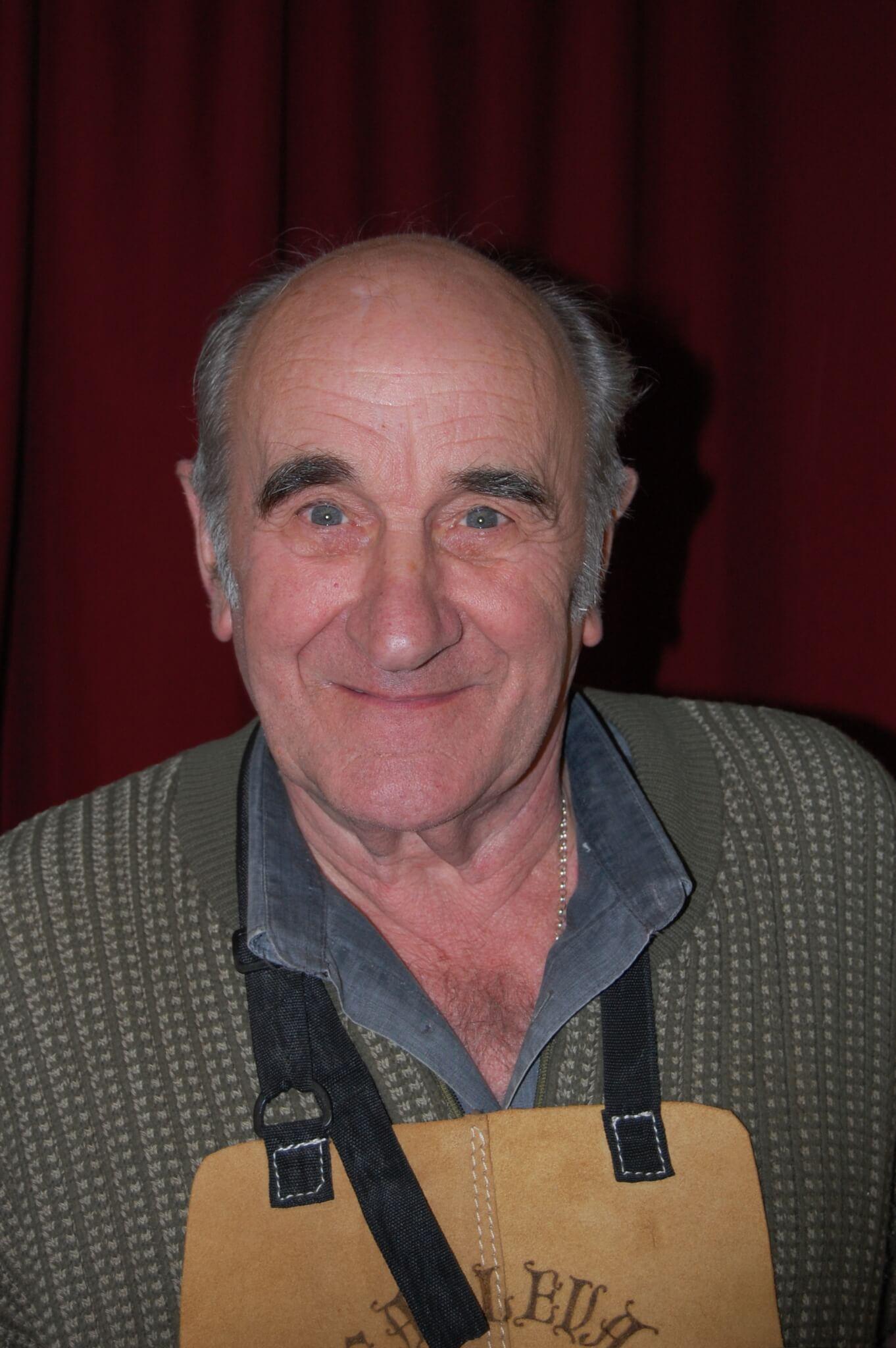 Rod Bates